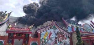 Kebakaran Vihara Samudra Bhakti Bandung - Vihara Terbakar