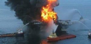 Pelabuhan Muara Angke - Kebakaran Kapal